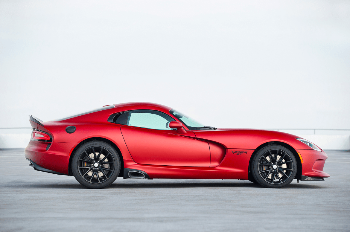 The History and Legacy of the Dodge Viper | American Supercars on dodge hellcat, dodge durango, dodge avenger, aston martin rapide quarter mile time,