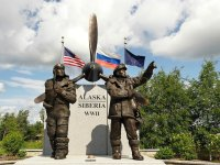 This statue stands in Fairbanks, Alaska as a testimony to U.S.-Soviet collaboration in World War III. (Sputnik)