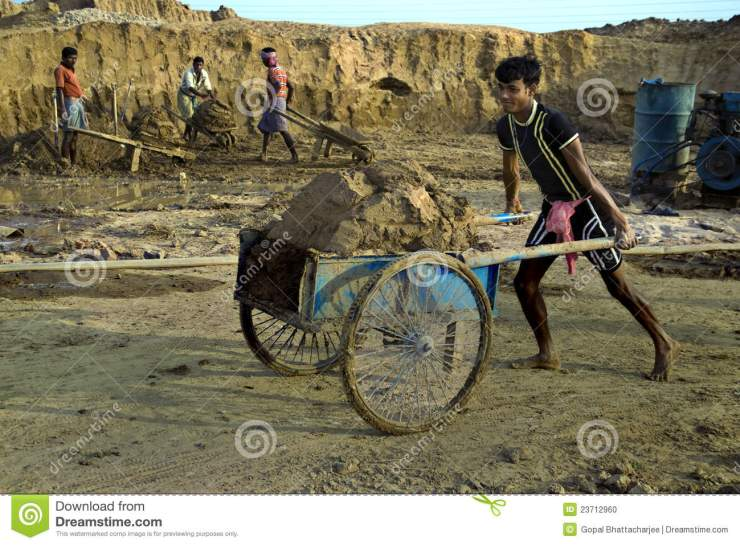 indian-labours-23712960