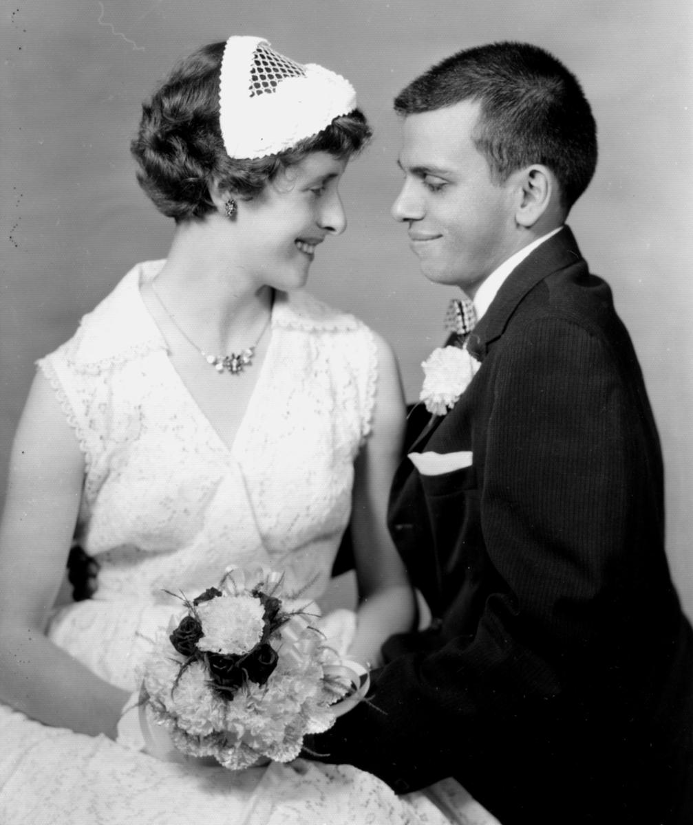 American-Vegan-1960-Jay-FreyaDinshah-wedding