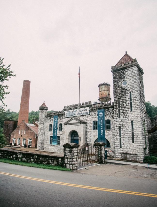 CastleAndKey Entrance and Castle