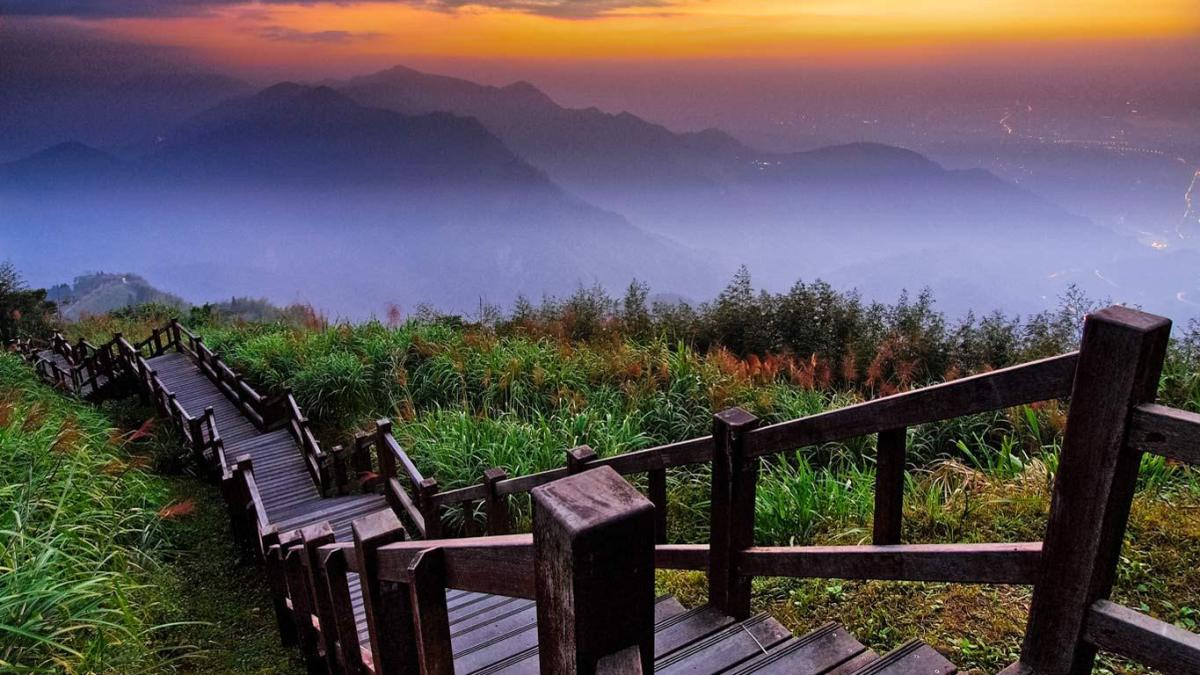 Alishan National Scenic Area, Chiayi County, Taiwan 20130424