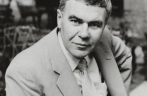 Raymond Carver - photo by Jerry Bauer