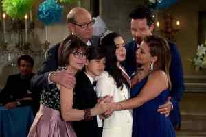 Photo of the cast of One Day at a Time