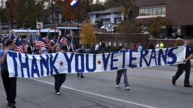 veterans-parade