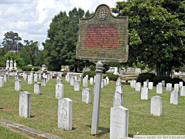 Oak Grove Cemetery – A Place of Remembrance and Beauty