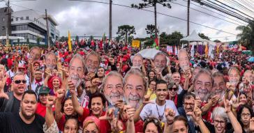 Am Sonntag fanden weltweit Demonstration für die Freilassung des ehemaligen brasilianischen Präsidenten, Lula da Silva, statt
