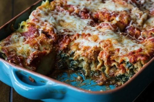 healthy pumpkin and kale lasagna