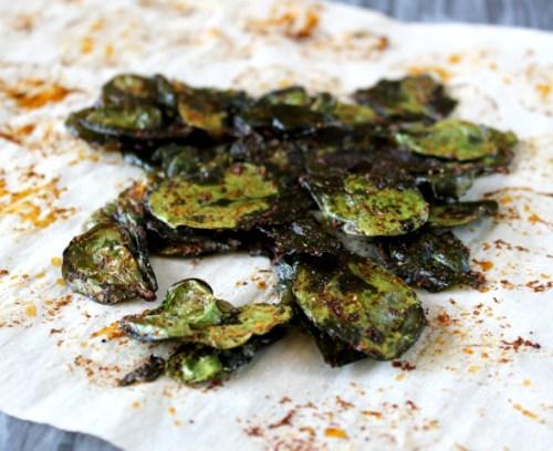 healthy advocare snack idea - cheesy nacho spinach chips