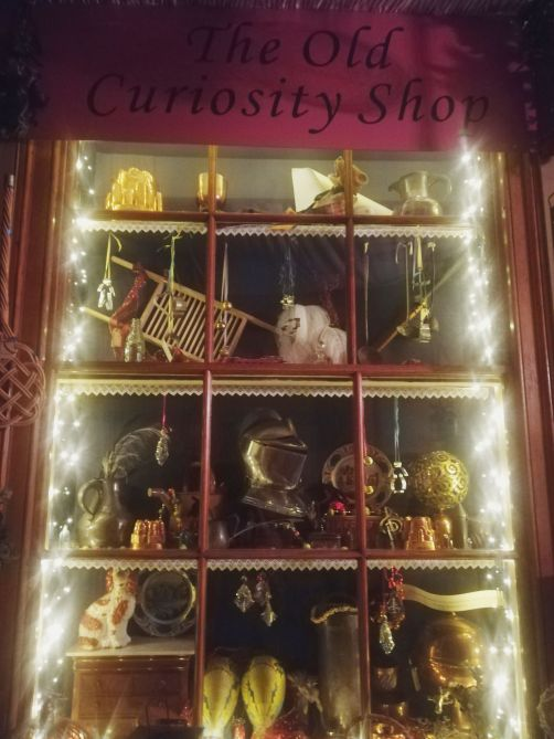 """Chatsworth House Room: """"Oh Dickens It's Christmas"""