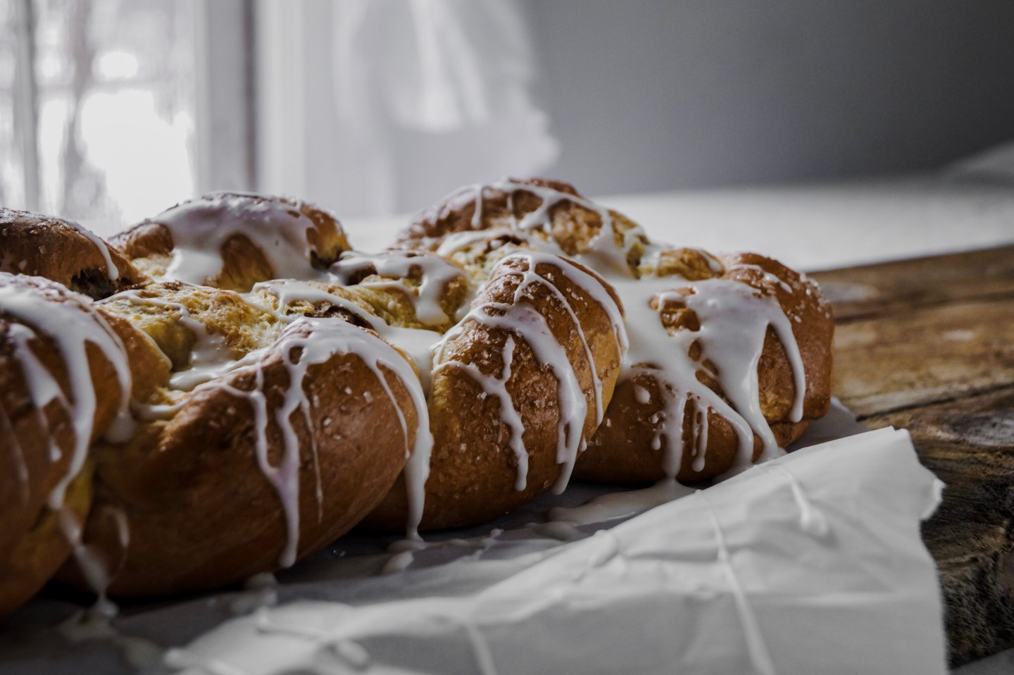 how to make homemade cinnamon bread and how to have a more relaxing and cozy winter by Mandy from A Messy Bun Kitchen