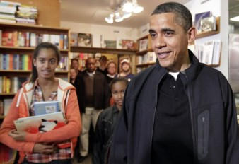 President Barack Obama with his daughters visit Kramerbooks