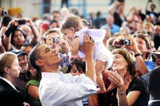 President Obama & Babies17