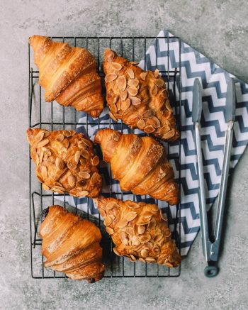 amfora-london-breakfast-in-bed-pastries