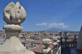 AmiContaminazione n. 5 (2015) Dentro e fuori le grate: dai canti del cielo al cielo con un dito   Visita alle suore di San Benedetto e alla Badia di Sant'Agata   Catania