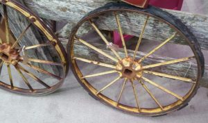 Things To Do in Arizona....When you Want to Go Vintage Shopping fair AZ wagon wheel