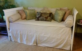 amigas4all things to do AZ daybed