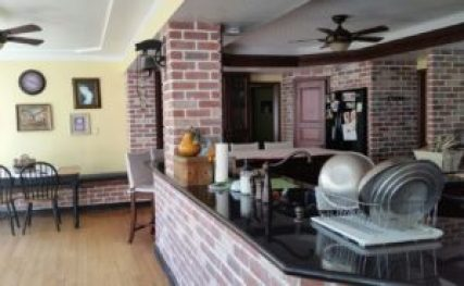 brick-kitchen-redo-final-product-counter-amigas4all-resized