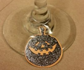 halloween-wine-charms-image-of-pumpkin