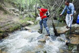 cruzando el río Cereceda