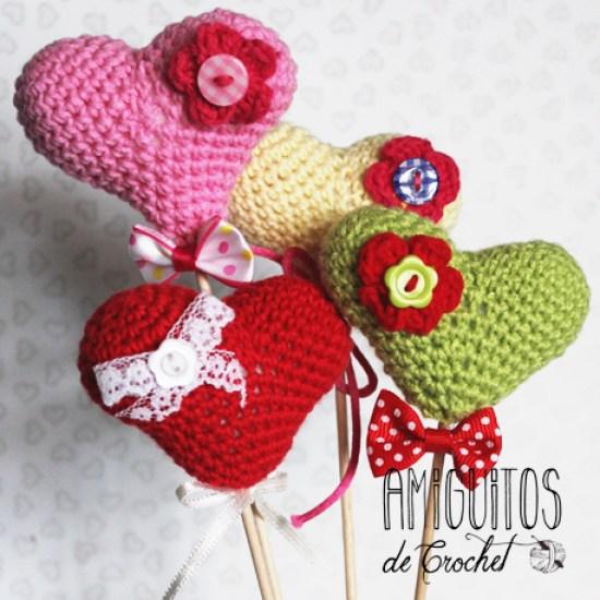 Pequeños corazones Amiguitos de crochet