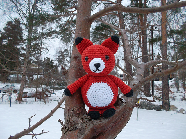 Adorable fox amigurumi pattern