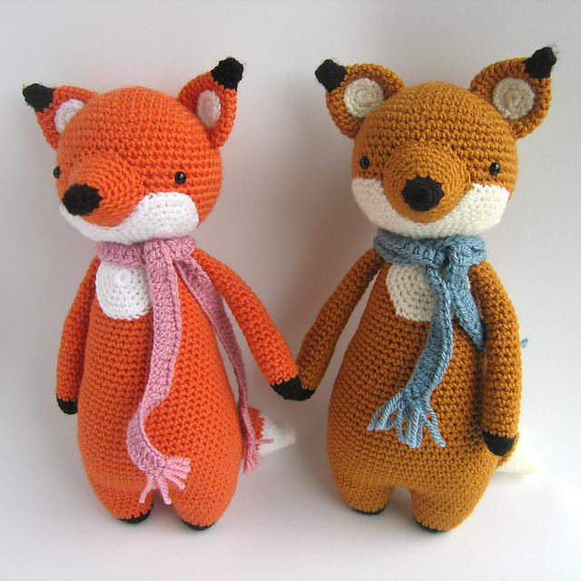 Crochet amigurumi foxes with scarves