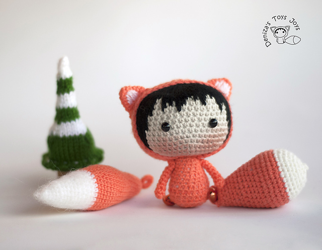 Crochet fox doll with removable tails