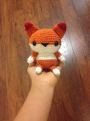 Cute little amigurumi foxes