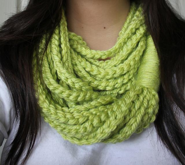 Chainloop Scarf Crochet Pattern