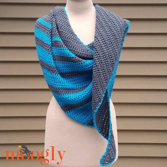 Tidal Wave Shawl Pattern by Moogly