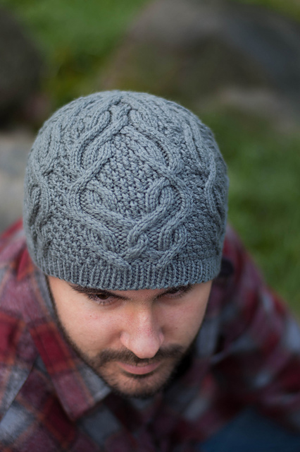 Cable beanie pattern with interlocking cables.