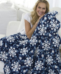 Snowflakes Crocheted Throw with Varigated Yarn