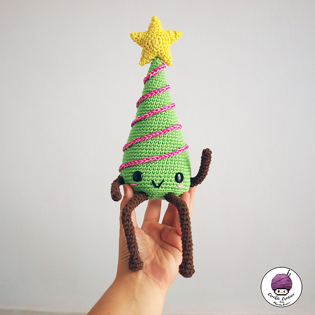 Amigurumi crochet christmas tree pattern