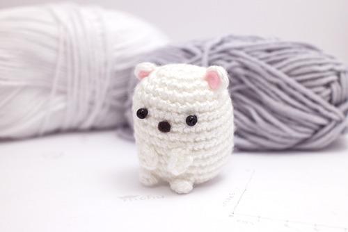 mini amigurumi polar bear