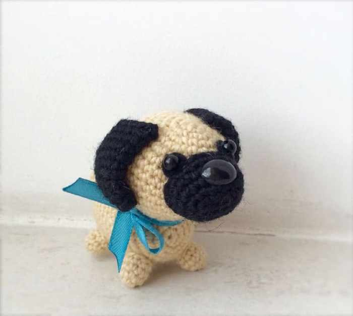 Little pug dog amigurumi crochet pattern