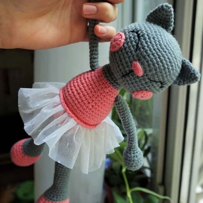 Amigurumi ballerina cat doll crochet pattern