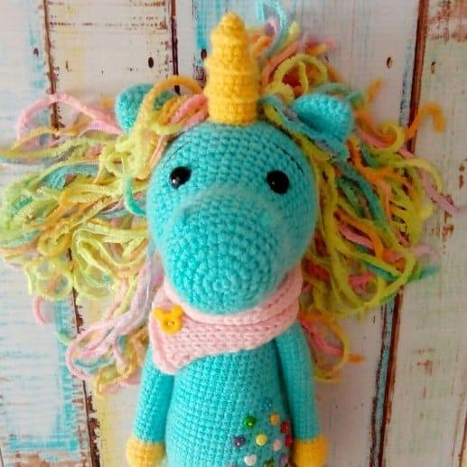 shy unicorn amigurumi free pattern