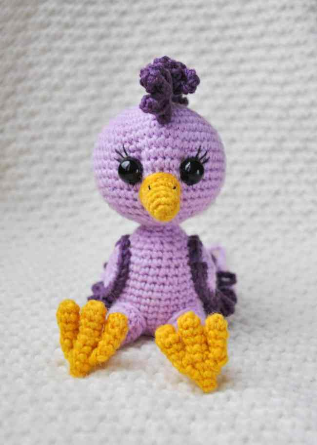 Amigurumi bird crochet pattern
