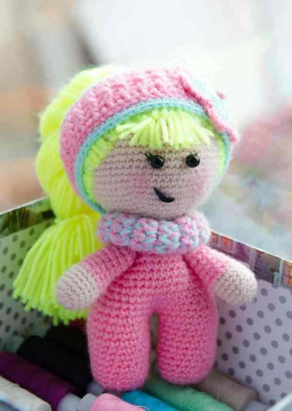 Baby doll amigurumi crochet pattern