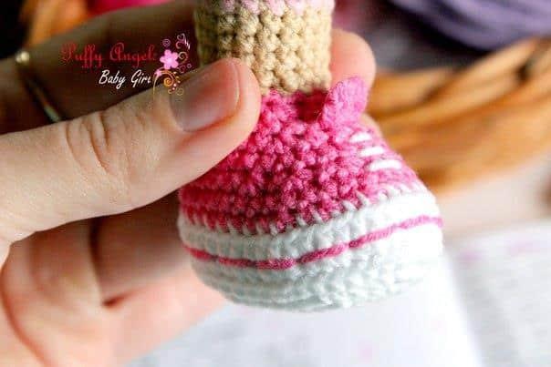 Doc McStuffins crochet pattern - shoes