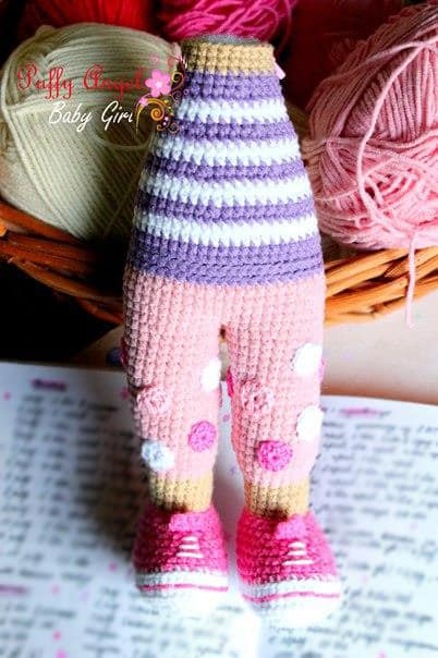 Doc McStuffins doll crochet pattern - legs and body