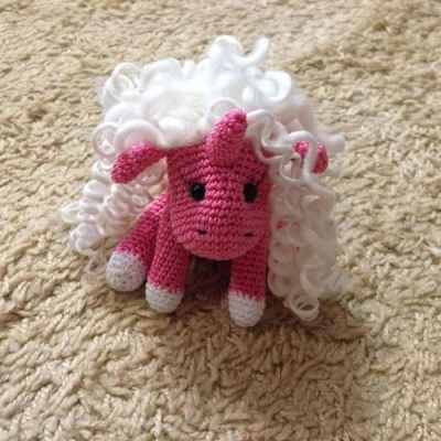 Baby unicorn free amigurumi pattern