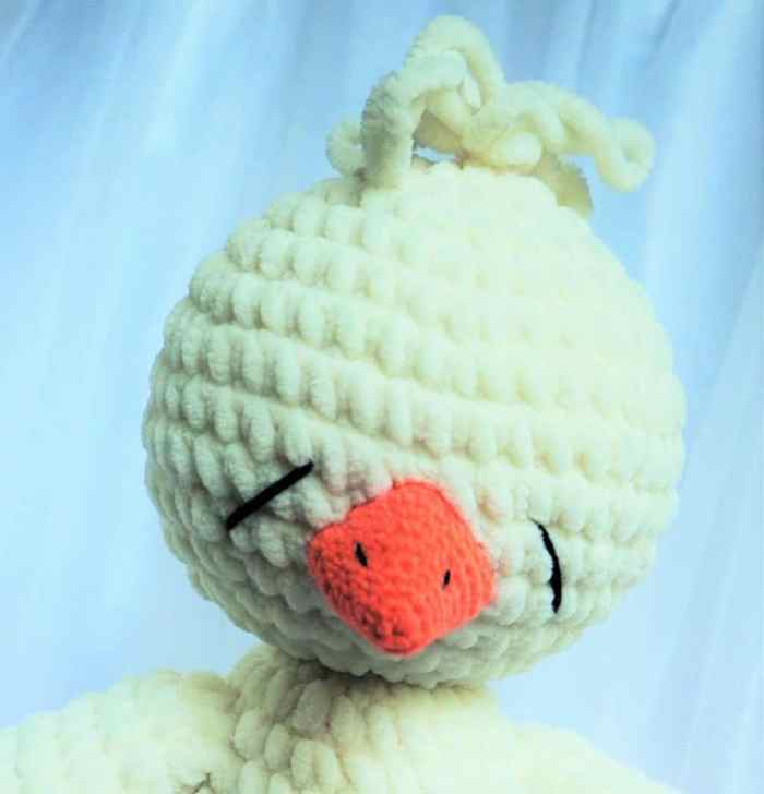 Crochet sleepy chicken amigurumi pattern free