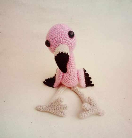 Crochet baby flamingo amigurumi pattern