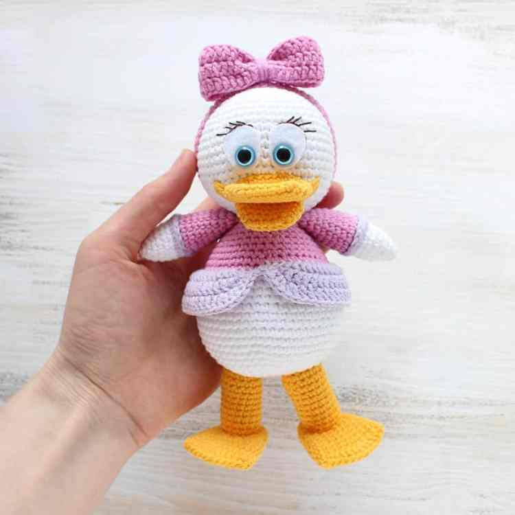 Amigurumi Webby Duck - Free crochet pattern by Amigurumi Today