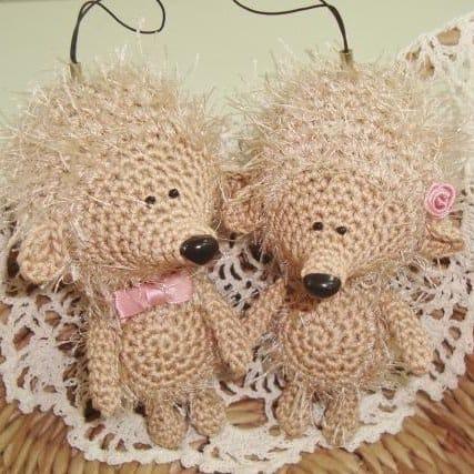 Amigurumi hedgehog - free crochet pattern