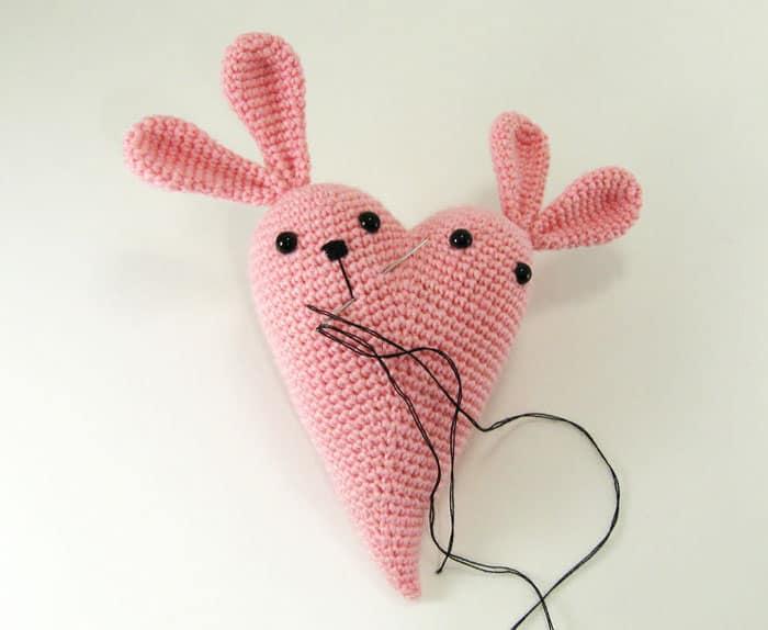 Crochet bunny heart amigurumi tutorial