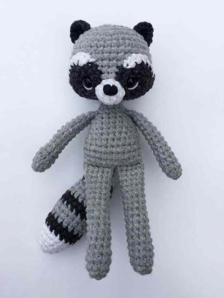 Crochet raccoon with scarf - amigurumi pattern