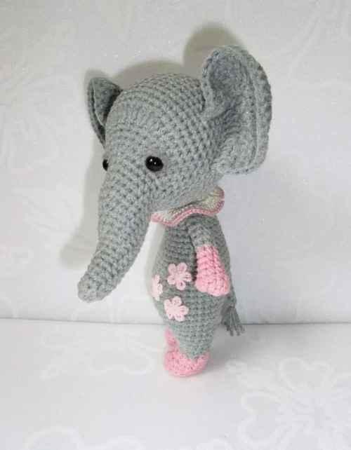 Crochet Pattern For Baby Espadrilles : Baby elephant amigurumi pattern - Amigurumi Today